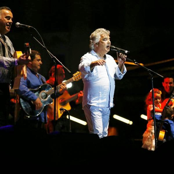 French singer of the Gipsy Kings band, Nicolas Reyes (C), performs on stage during the Nice Jazz Festival on July 11, 2014 in Nice, southeastern France.