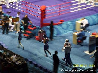 Энхбат Бадарууган Olympic boxing final.Aug 24 2008 Beijing.Gold medal /Photography by Алтангэрэл Ган