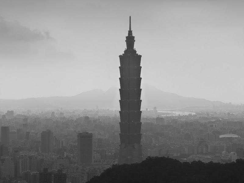 Taipei. Si Shou Shan, et la découverte des maisonnettes du professeur Y I   易教授 - P1340853.JPG