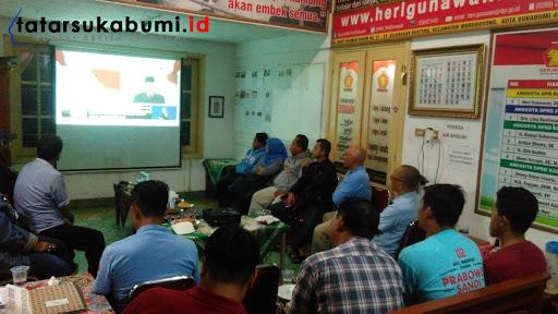 Nobar Debat Capres ke-4 di Rumah Aspirasi Dan Inspirasi Heri Gunawan Sukabumi // Foto : Rapik Utama