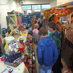 8 mei bezoek aan de voedselbank in Emmeloord