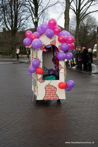 Carnavalsoptocht overloon 19-02-2012 (31).JPG
