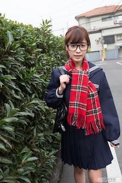kana-momonogi-03829707.jpg