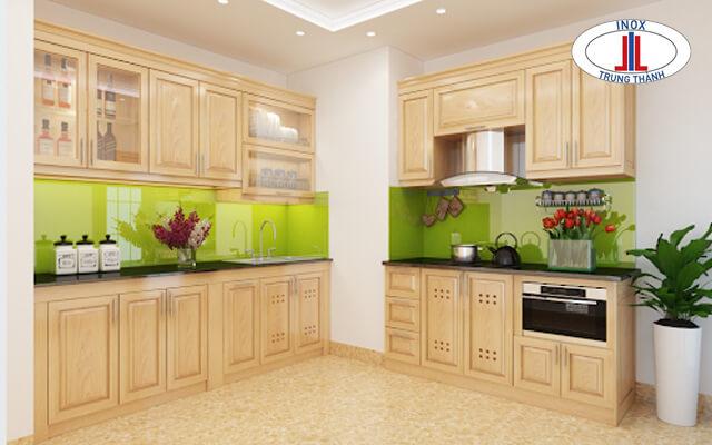 Các thiết kế tủ bếp gỗ sồi tự nhiên