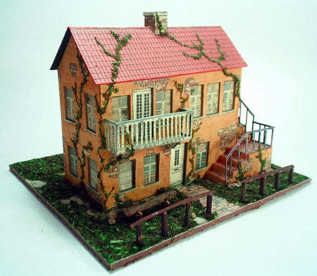 Old Yellow House Papercraft