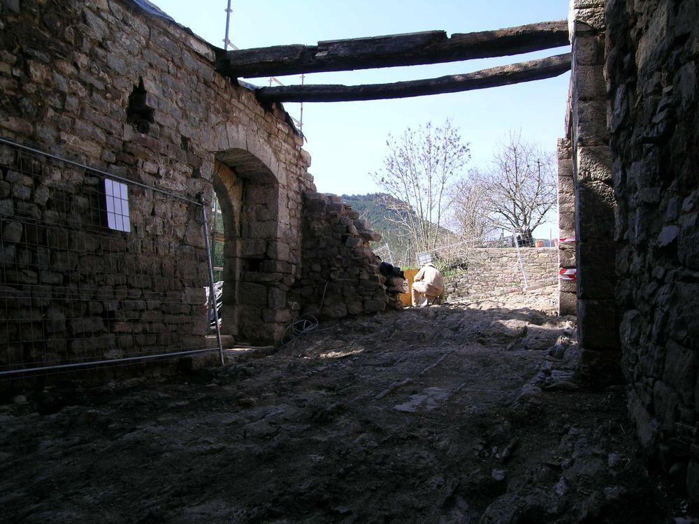 Reconstruccion Torre de Uriz - DSCN8495.JPG