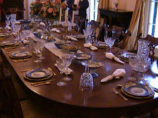 0400Inside_a_Southern_Mansion_-_New_Orleans