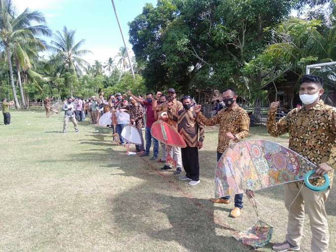 Gebyar Hari Batik Nasional, PD Aceh Timur Terbangkan 30 Layangan Aneka Motif Batik
