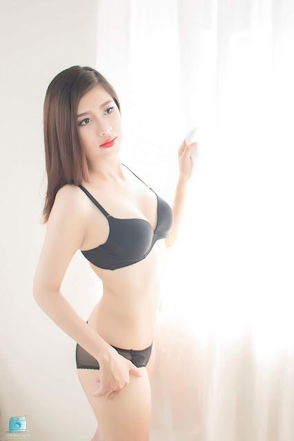 Người mẫu Việt sexy lung linh là lên luôn