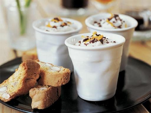 Chocolate creams with espresso and Vin Santo