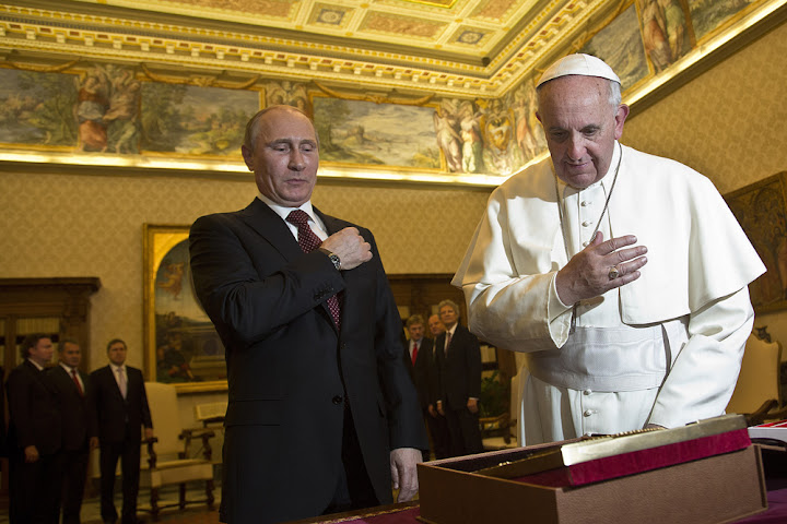 Pope Francis and Putin exchange views on Ukraine and Mideast