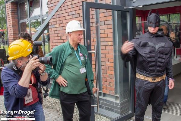 Batman oprowadza turystów w Zabrzu