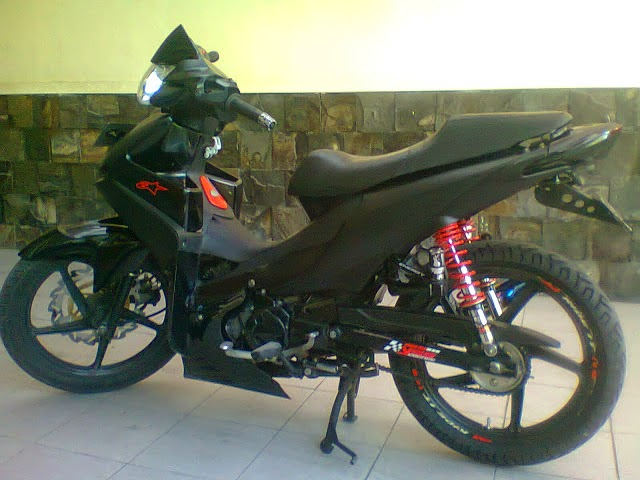 Absolut Revo Modifikasi Touring