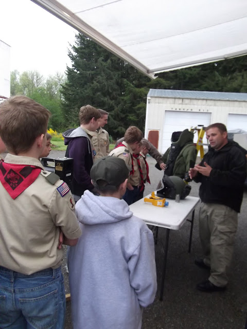 2011 Drug Talk and Bomb Squad - DSCF0611.JPG