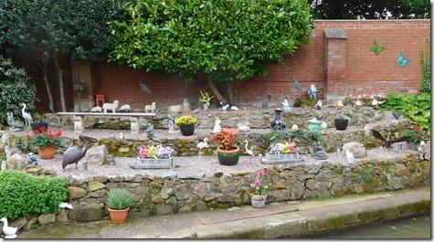2 gnome garden amington