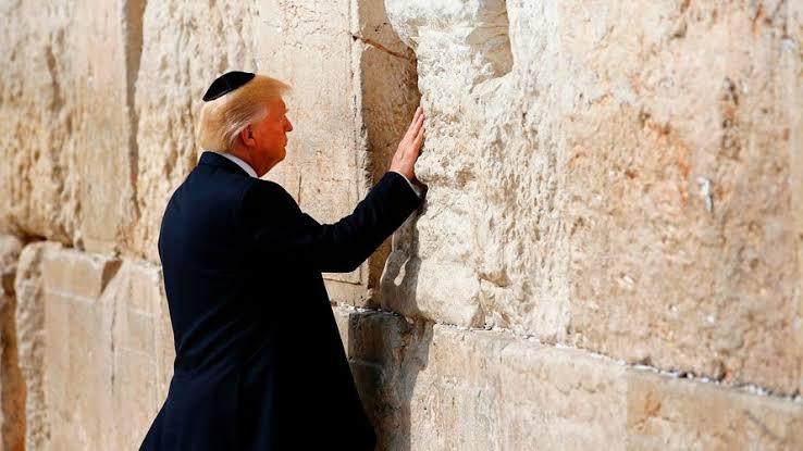 Ajak Semua Orang Kembali pada Tuhan, Trump Tetapkan 15 Maret sebagai Hari Berdoa Nasional