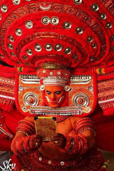 Puliyoor Kali Theyyam - പുലിയൂർ കാളി തെയ്യം