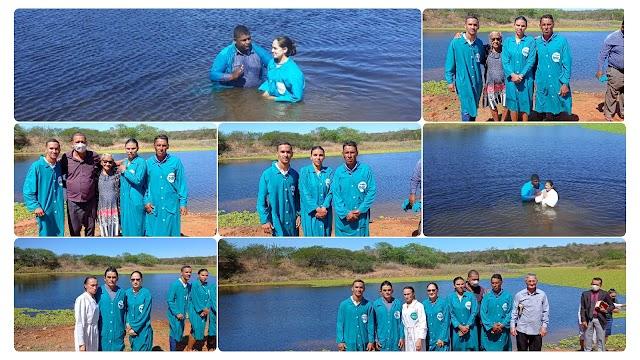 Igreja Assembleia de Deus em Marruás realiza Batismo em águas e entrega de certificados