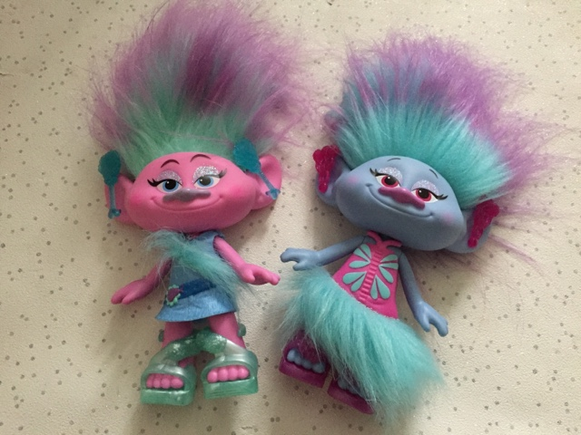 trolls-dolls