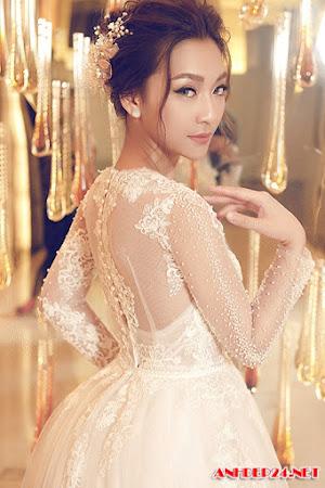 Gợi ý váy cưới đính ren tinh xảo cho tân nương