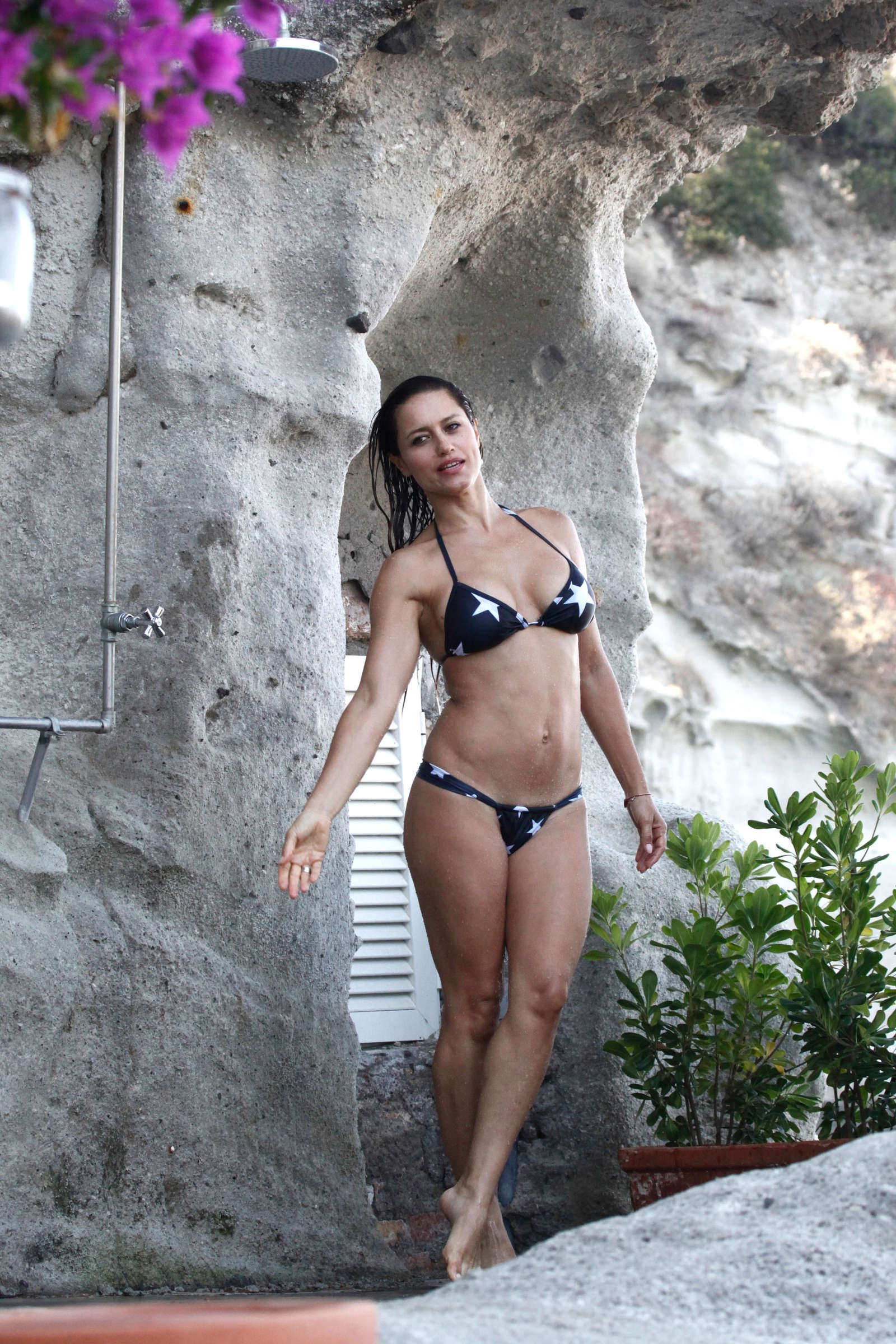 Ana de armas nude sex scene in mentiras y scandalplanetcom - 2 part 1