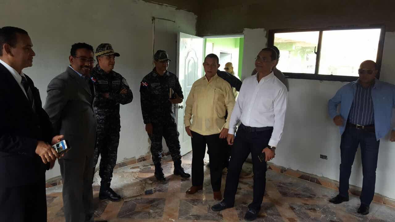 Director Policía Nacional realiza visita de cortesía a Nelson Gutiérrez, director del Consejo Nacional de  los Derechos Humanos (CONADEHU)