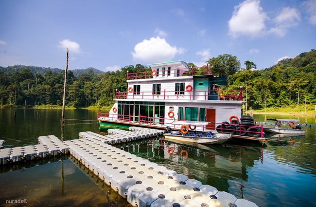 houseboat royal belum