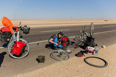 Flat tire in the desert from Qena to Safaga