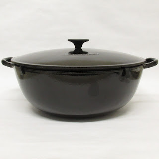 Le Cruset Casti Iron Dutch Oven