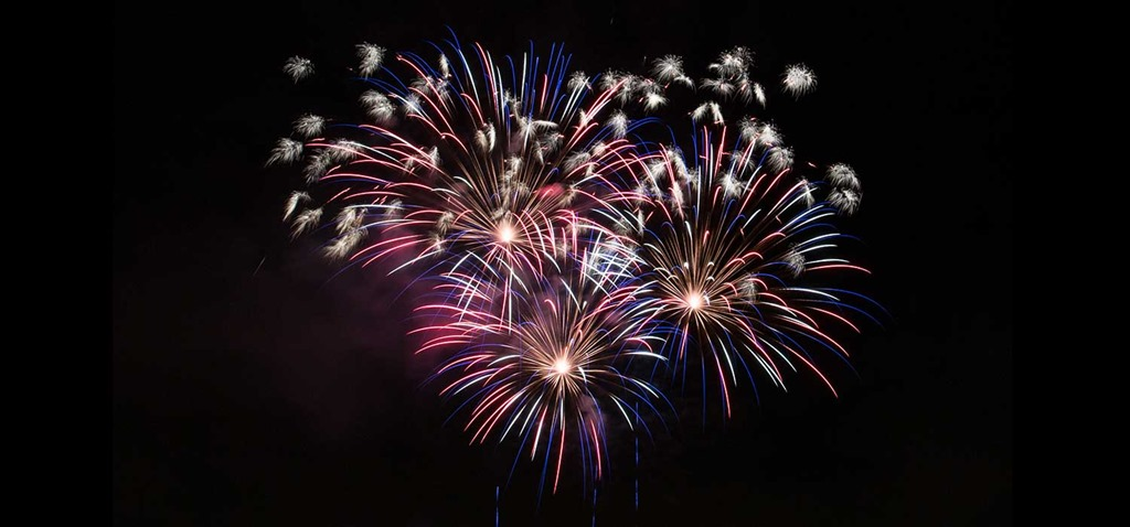 [free-fireworks-image-11%5B3%5D]