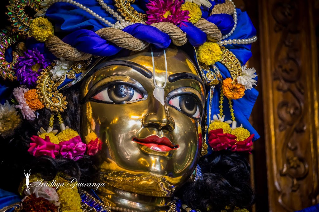 ISKCON Mayapur Deity Darshan 31 Dec 2016 (27)