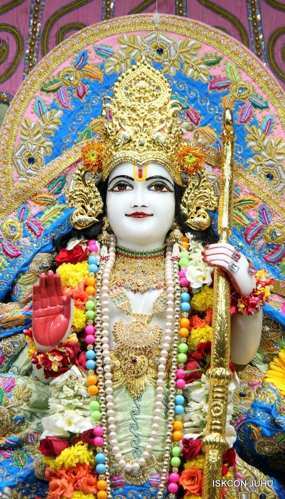 ISKCON Juhu Sringar Deity Darshan 10 Apr 16 (28)