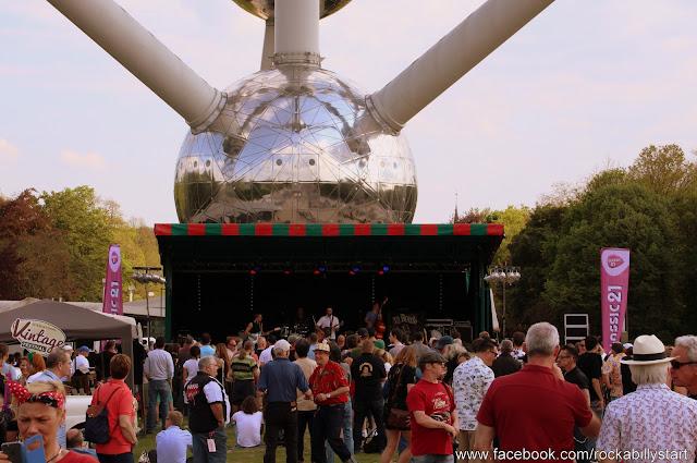 Rock Around The Atomium (29).JPG