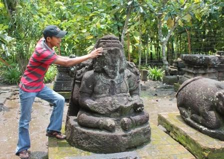 Situs Arca Banteng di Desa Wonorejo, Kecamatan Kedunggalar, Ngawi