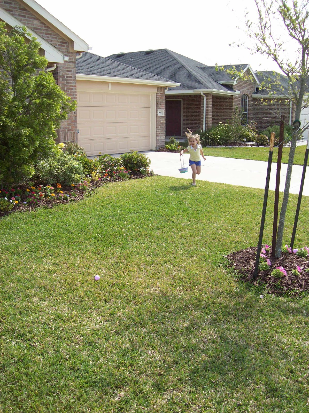 Easter Egg Hunting - 101_2235.JPG