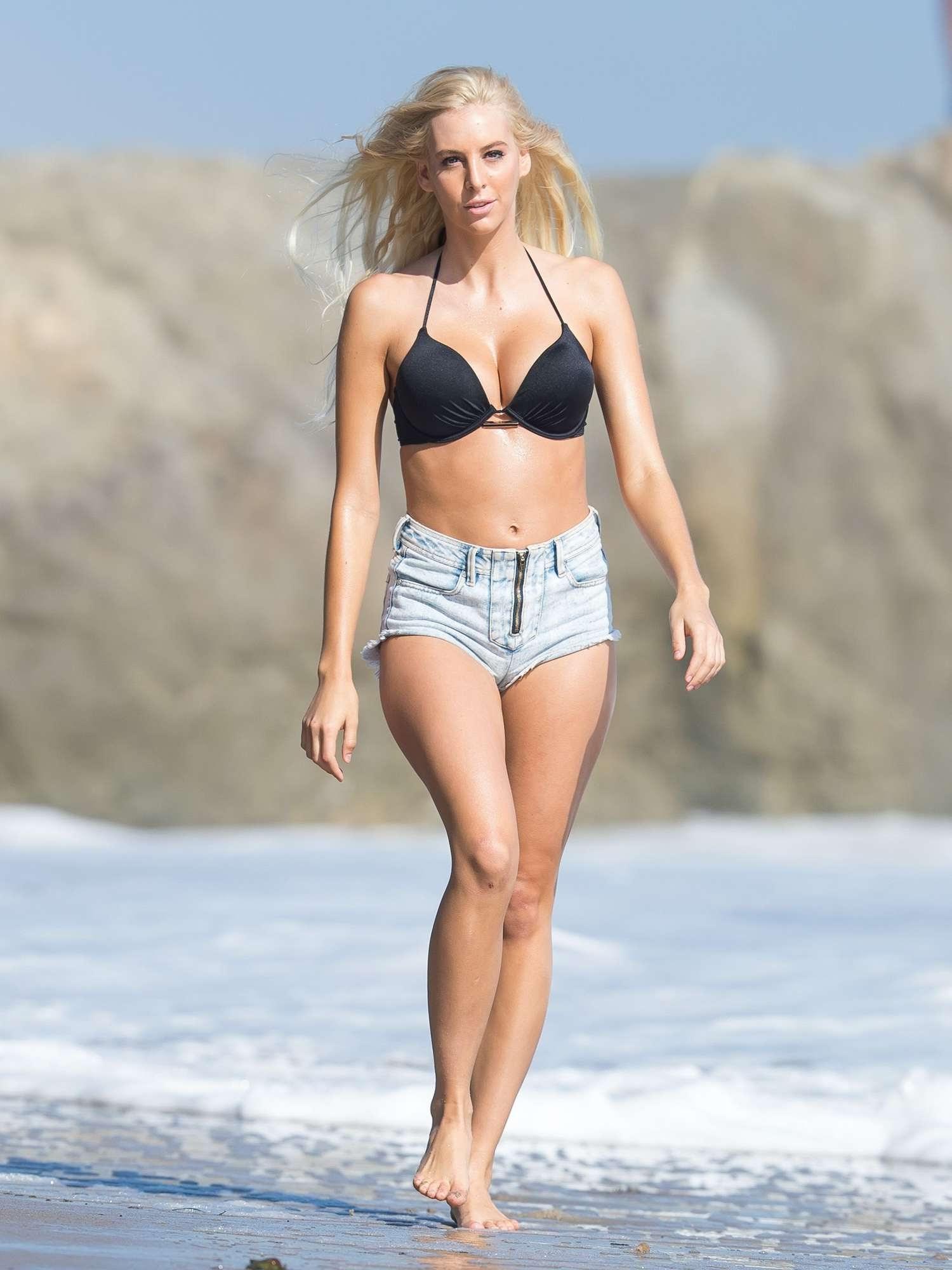 Celebrites Bri Teresi naked (91 photos), Tits, Leaked, Feet, in bikini 2020