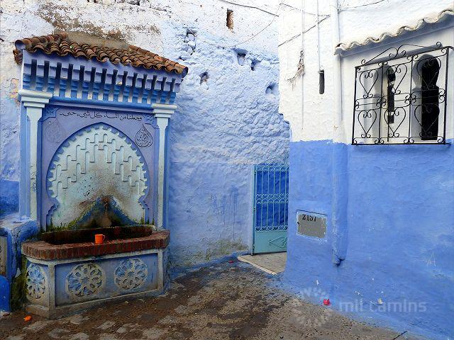 Milcamins chefchaouen blanca y azul - Tejadillos sobre puertas ...