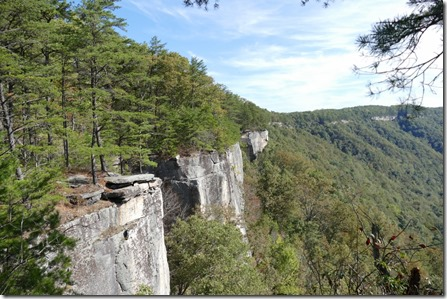 Fayetteville_va_New_river_gorge_NR_endless_wall_trl