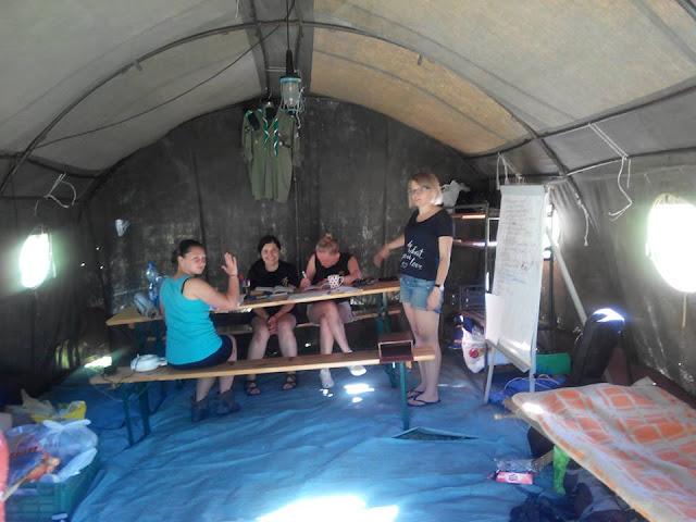 Obóz harcerski w Woli Michowej - 13567040_1007342222715101_3795310526710876362_n.jpg