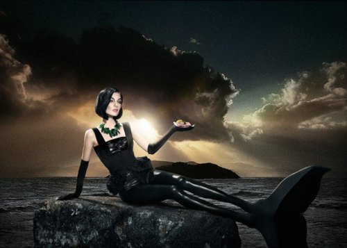 Dark Black Mermaid, Undines