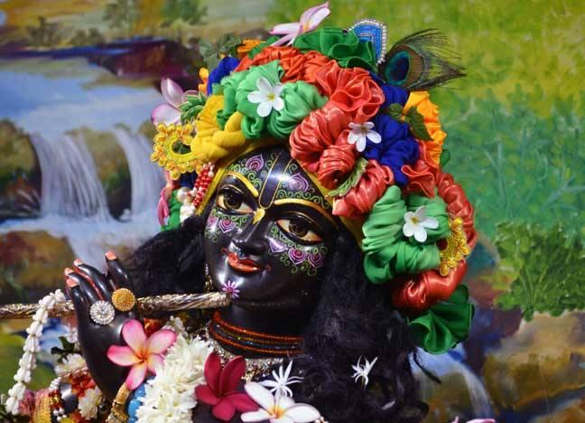 ISKCON Nasik Deity Darshan 02 April 2016  (5)