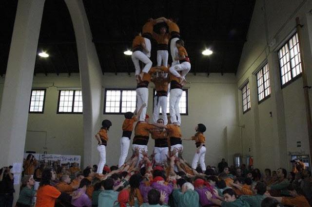 Diada Sagals dOsona 2011 01 - 100000832616908_735305.jpg