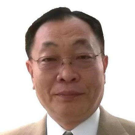 Raymond Lee