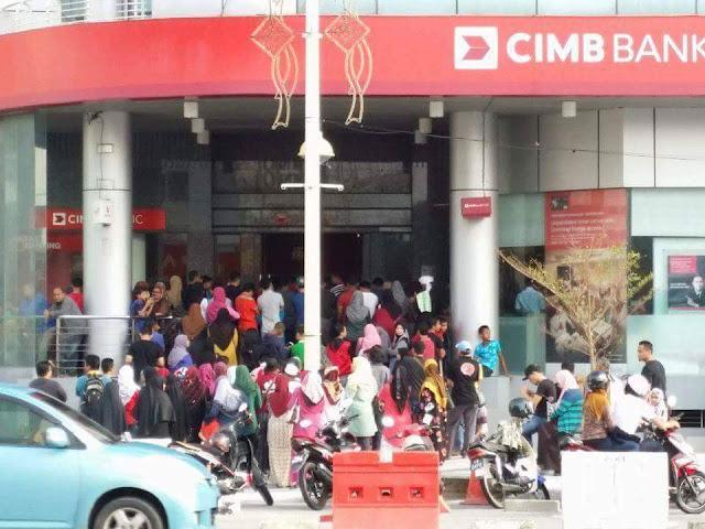 engurusan Debit Card Lembab