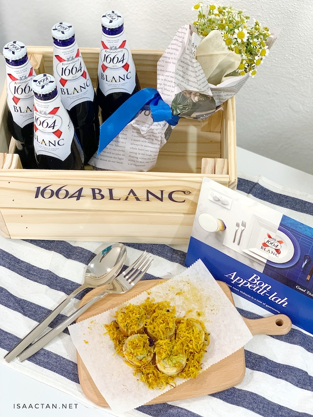 Dine with 1664 Blanc