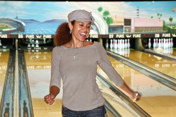 KiKi Shepards 9th Celebrity Bowling Challenge (2012) - IMG_8697.jpg