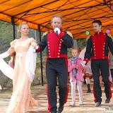 2012-05-03 Pokaz polskich tańców narodowych na święcie dzielnicy Wielki Kack w Gdyni