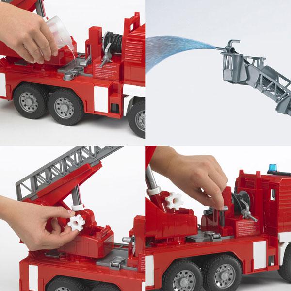 Các chi tiết và bộ phận trên chiếc Xe cứu hỏa MAN TGA Bruder 02771 đều tinh xảo
