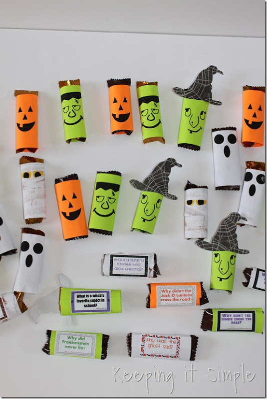 #ad Halloween-candy-bar-wrappers-with-Halloween-jokes-printable #BooItForward (9)