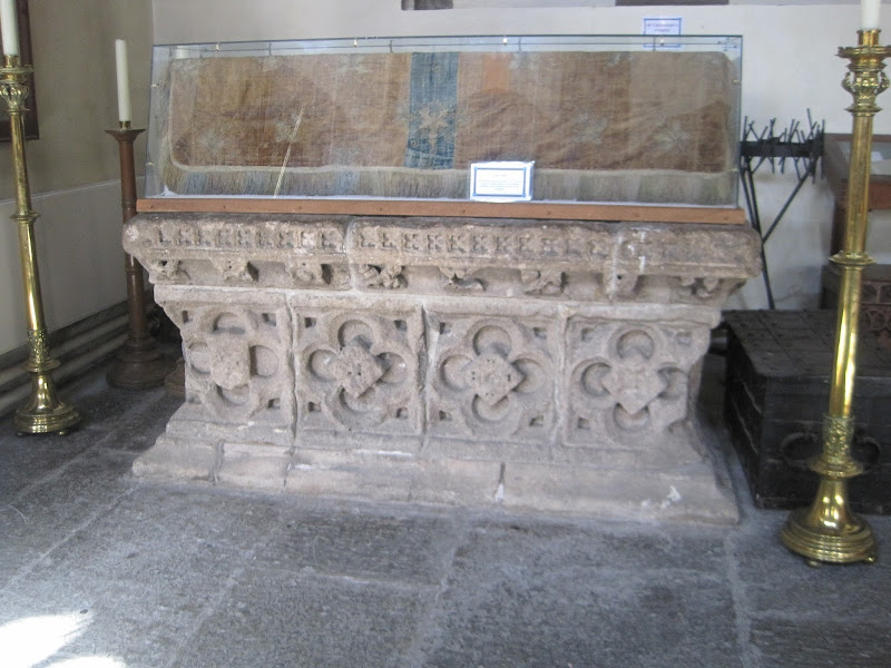JA tomb at St. John's, Glastonbury